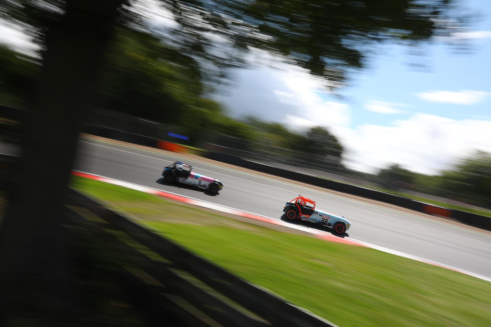 Motorsport UK regulation change to Plumbed-In Fire Extinguisher Systems
